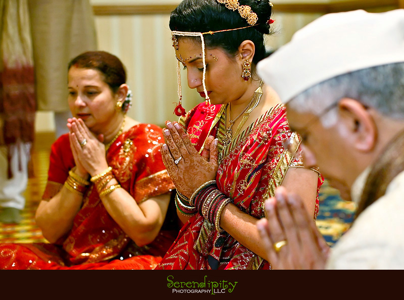 Houston Indian wedding photography Marriott Hotel Indian Prayer pre