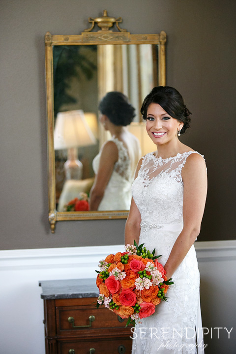Bridal Session at Houston Country Club, Bridal Portrait, Indoor, Dress and Bouquet